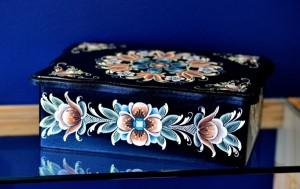 Rosemaling gift box